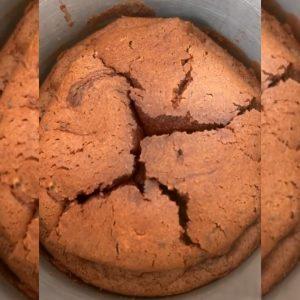 COMO FAZER BOLO DE CHOCOLATE SIMPLES
