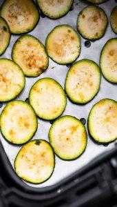 chips-de-abobrinha-na-airfryer